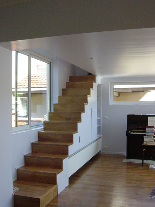 Architectes extension d 39 une maison en meuliere for Meuble en forme d escalier