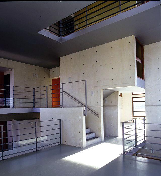 maison demi etage interieur. Black Bedroom Furniture Sets. Home Design Ideas